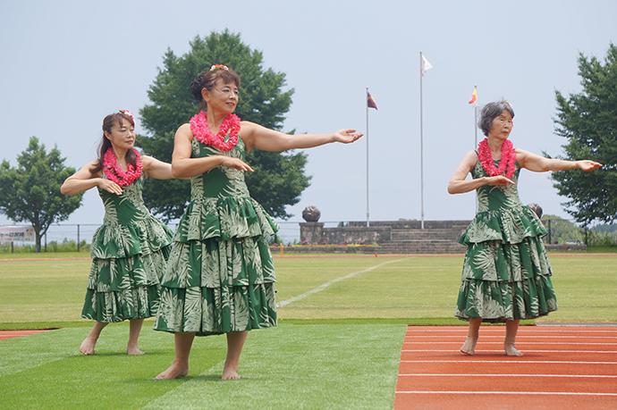 西日本ハワイアン協会ハナハナ様の素敵なフラダンスショー