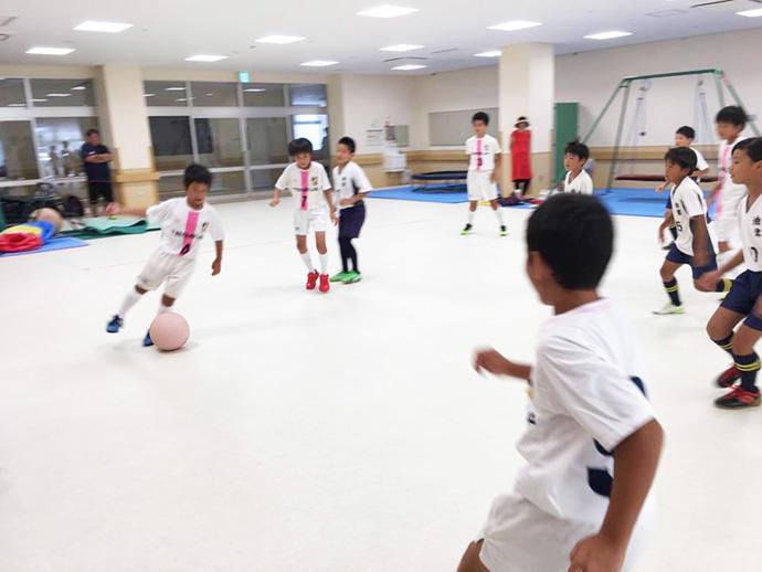 最後に油津FCスポーツ少年団の皆さんとエキシビションマッチ