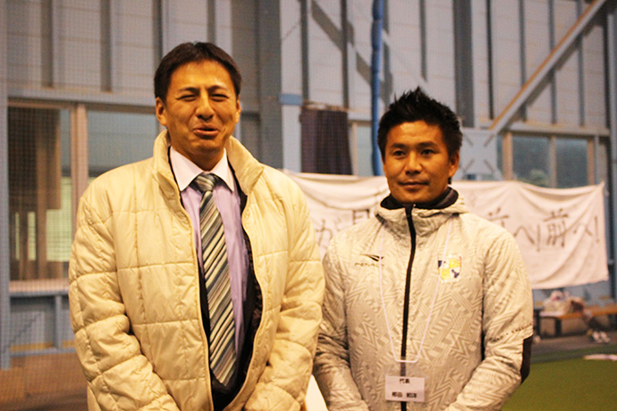 武井俊輔衆議院議員と柳田代表
