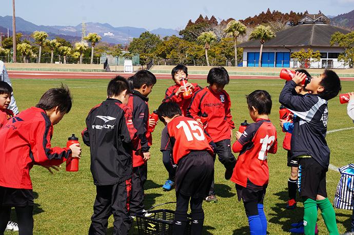 石崎監督によるサッカー教室の様子4