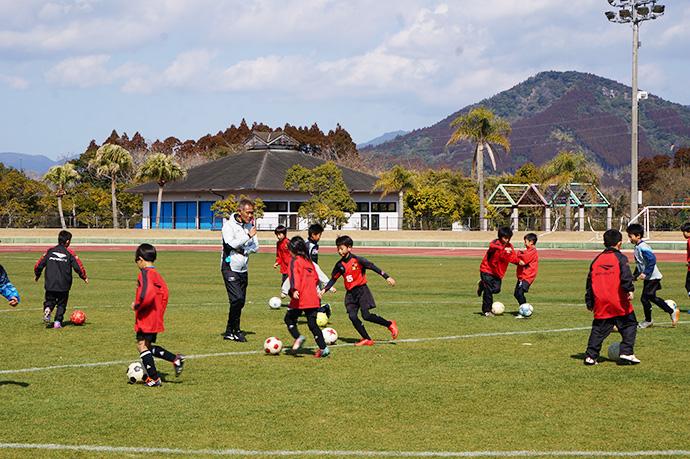 石崎監督によるサッカー教室の様子5
