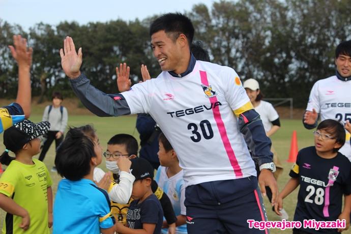テゲバ運動会:第一種目・綱引き(羽田選手)