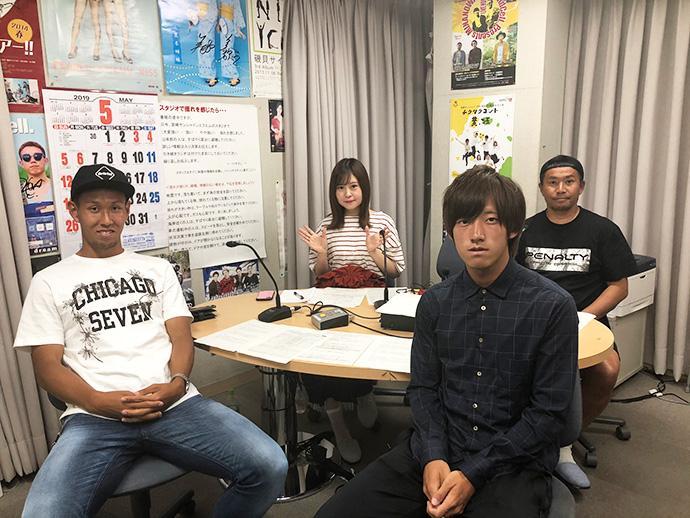甲斐杏奈さん、柳田GM、橋口拓哉選手、渡邊龍選手