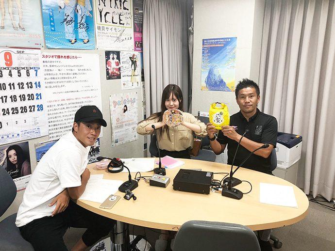 GM柳田、甲斐杏奈さん、三島選手