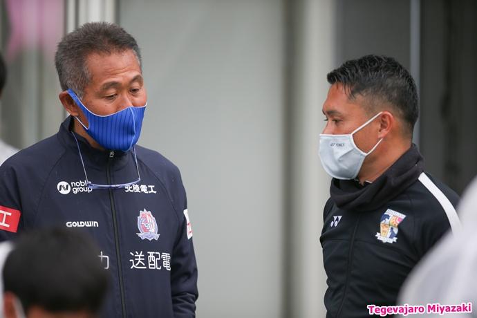石崎監督・倉石ヘッドコーチ
