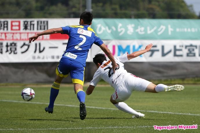 橋本選手ゴール歓喜2